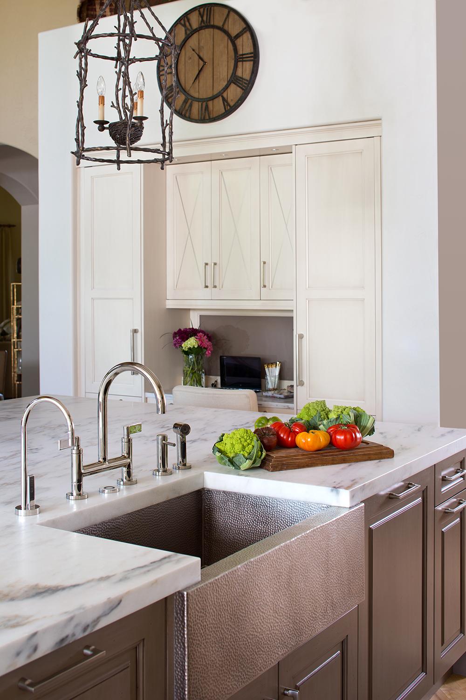 Elegant kitchen accessories